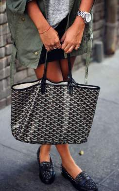 all-women-should-have-a-goyard-tote-1.jpg